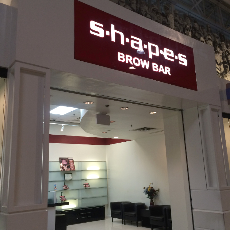 Shapes Brow Bar, Grapevine Mills Outlet Mall, threading salon