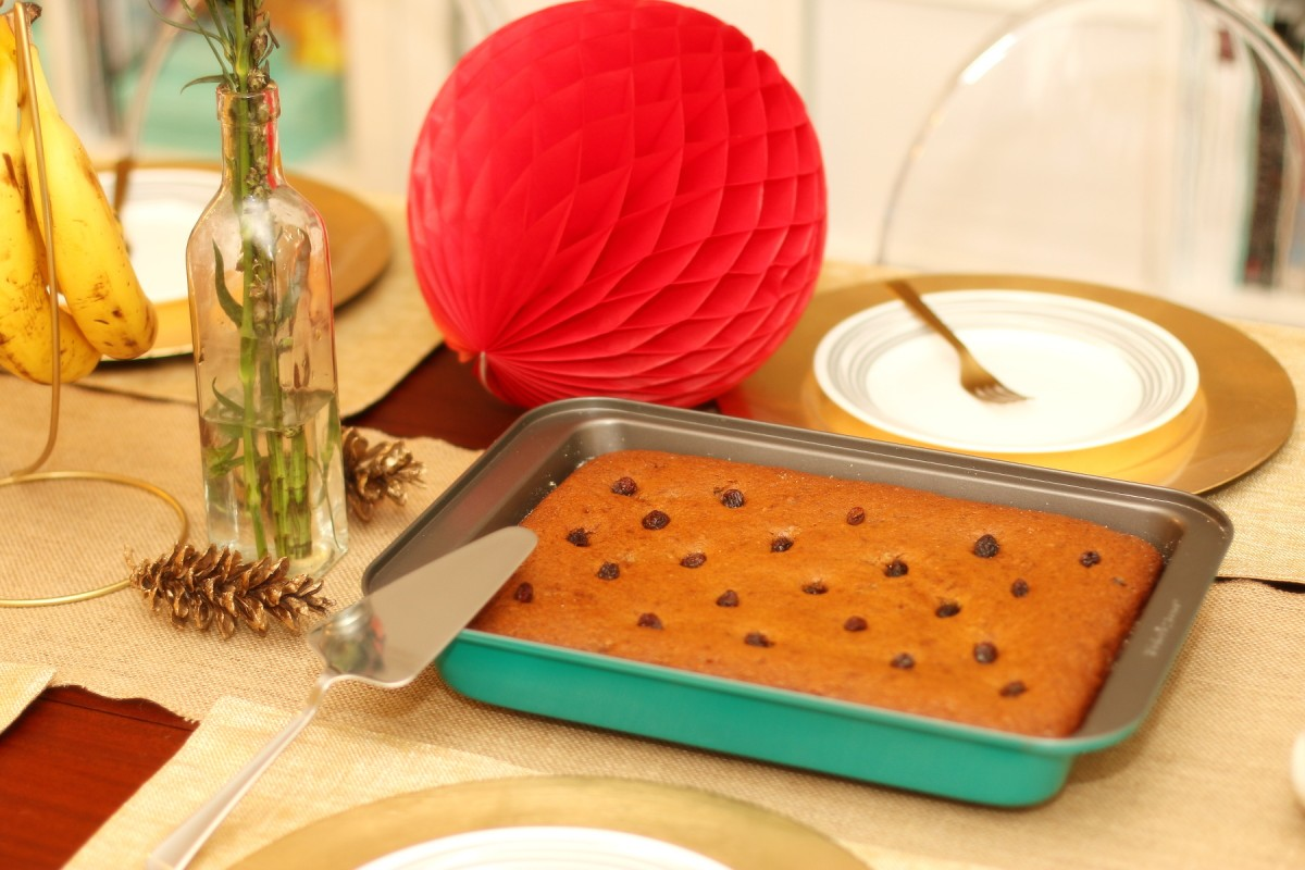 Bakers Secret Colored Bakeware, Banana Cake, Holiday Baking