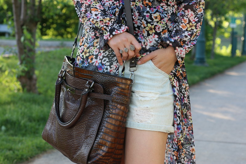 summer outfit, floral dress, shorts