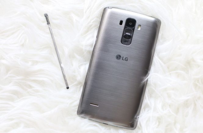 LG-G-Stylo-back-feature