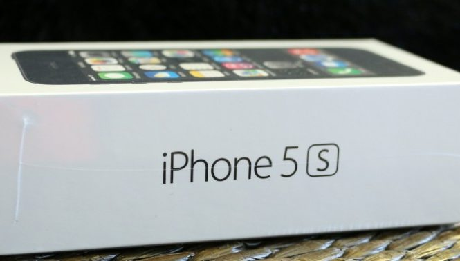 Apple iPhone 5s, phone review, smartphone, mobile, cellphone, tech, gadgets